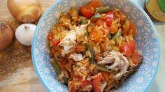Eenpansgerecht: groente pilaf, gele curry en makreel Dutch Recipes, Fried Rice, Salsa, Curry, Vegetables, Ethnic Recipes, Tube, Gluten, Food