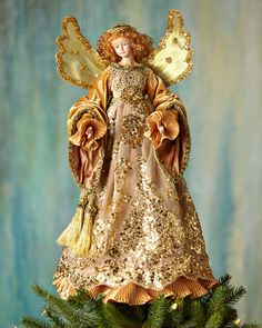 H8E3S Katherine's Collection Golden Angel Christmas Tree Topper