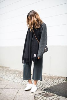 grey knit x grey culottes x acne canada scarf x chloé drew bag x sneakers How To Wear Culottes, Culottes Outfit, Acne Scarf, Casual Outfits, Fashion Outfits, Woman Outfits, Classic Outfits, Outfits, Vestidos