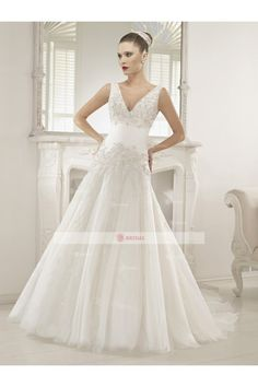 A-Line V-Neck Buttons Floor length Organza Lace,Beading Wedding Dresses