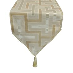 Pacific Coast Austin Horn En' Vogue Maze Beige Luxury Table Runner (13 x 108), Multi (Polyester, Geometric)