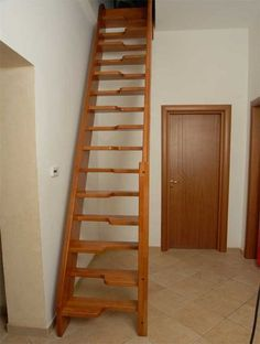 Straight staircase with a lateral stringer (for small space) MARINARA Ci. Erre Scale