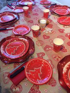 Natale: decorazione tavola e menù, sono due cose importanti per rendere indimenticabile la vostra festa ma non stanchiamoci troppo. http://super-mamme.it/2016/11/04/natale-decorazione-tavola-e-menu/