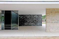 Barcelona Pavillion by Mies Van der Rohe Barcelona Architecture, Architecture Images, Architecture Details, Outside Room, Ludwig Mies Van Der Rohe, Minimalist Interior, Deco, Interior And Exterior, Louis Kahn