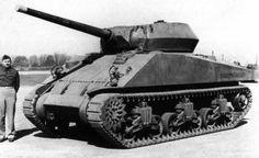 """T35 Gun Motor Carriage  В январе 1942 года началась реализация проекта под индексом Т35 (полное название """" Motor Gun Carriage T35). В отличии от предыдущих образцов новая противотанковая САУ создавалась на основе шасси и корпуса от среднего танка М4, который поступил в производство в том же году."""