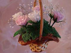 Розы в корзинке | biser.info - всё о бисере и бисерном творчестве