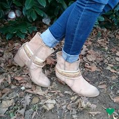 Schick kombiniert zur #Jeans! http://deich.mn/43567c  #Boots #Deichmann #Schuhe #Fashion