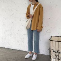 Korean look ootd Korean Girl Fashion, Korean Fashion Trends, Ulzzang Fashion, Korean Street Fashion, Korea Fashion, Japanese Fashion, Asian Fashion, Casual Hijab Outfit, Casual Outfits