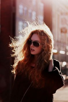 Hair glasses lighting wind