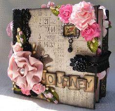 life as a scrapper: Prima's Romance Novel Binder Album Scrapbook Cover, Scrapbook Journal, Mini Scrapbook Albums, Mini Albums, Diy And Crafts, Paper Crafts, Fabric Journals, Album Book, Handmade Books