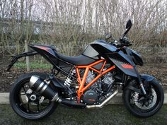 KTM SUPERDUKE 1290 cc 1290 Super Duke R (14MY) - http://motorcyclesforsalex.com/ktm-superduke-1290-cc-1290-super-duke-r-14my/