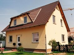 Hausbau satteldach  Lena - #Einfamilienhaus von HOGAF Hausbau GmbH | HausXXL ...