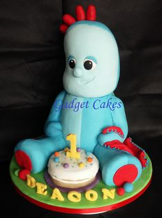 """Iggle piggle cake! He is all cake no RKT here! He was a tall cake about 18"""" high! www.facebook.com/gadgetcakes"""