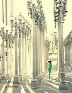 Karlie Kloss by Alexi Lubomirski for Vogue Spain February 2013