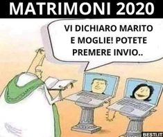 Tutti i meme sul Coronavirus One Liner, 40 Years Old, Me Too Meme, Funny Relatable Memes, Girl Humor, Funny Comics, Laughter, Funny Pictures, Family Guy