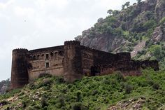 Bhangarh – One of The Most Haunted Places in The World