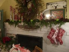 Christmas mantel (from Cherry Hill Cottage)