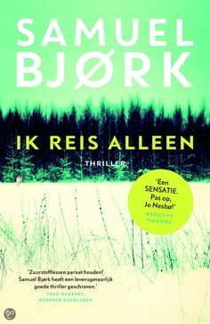 Op het Noorse platteland wordt een zesjarig meisje gevonden, met een springtouw opgeknoopt aan een boom. Ze draagt vreemde poppenkleren en er hangt een vliegtuiglabel om haar nek met de tekst IK REIS ALLEEN....