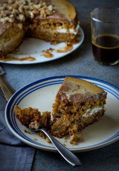 Espresso Walnut Cake | El hombre con las pinzas de oro manos están en el horno | Scoop.it