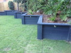 Garden diy projects landscaping retaining walls ideas for 2019 Wooden Retaining Wall, Sleeper Retaining Wall, Diy Projects Landscaping, Diy Garden Projects, Garden Ideas, Sloped Backyard, Sloped Garden, Sleepers In Garden, Raised Garden Beds