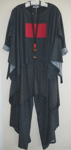 R. Browning Tokyo Top, Tunic and Pants  Teresa Goodall necklace