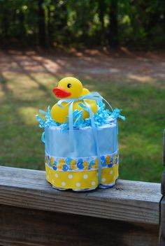Small one layer Yellow Duck Diaper Cake - Baby Shower gift /Centerpiece- Ducky - http://www.babyshower-decorations.com/small-one-layer-yellow-duck-diaper-cake-baby-shower-gift-centerpiece-ducky.html