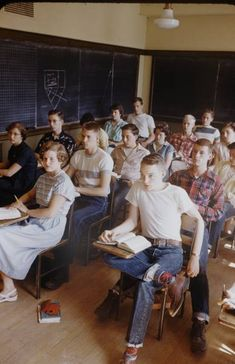 Old picture of a class at school... I loved those blackboards that were truly made of slate. ..