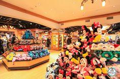 Walt Disney Studios Store - Boutique Disneyland Paris | Hello Disneyland : Le meilleur guide en ligne pour Disneyland Paris