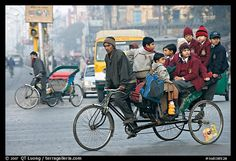 Picture/photo (People Riding): Cycle-rickshaw with a load of ten schoolchildren. New Delhi, India Bike India, Body Painting Festival, Essence Of India, India Street, Third World Countries, Amazing India, Indian Village, India Colors, Travel Light