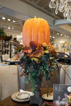 Pumpkin on Candlestick Floral Arrangements for your Fall Dinner Table Luxury Home Decor, Luxury Interior Design, Fall Home Decor, Autumn Home, Home Decor Floral Arrangements, Fall Arrangements, Dinner Table, Fall Dinner, Creative Decor