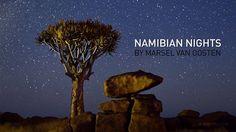 Noches de otro mundo en Namibia  Namibia tiene uno de los cielos menos contaminados lumínicamente del planeta.   Desde allí se puede observar el firmamento de una forma privilegiada.   Este vídeo ha sido grabado por Marsel van Oosten con la técnica del time-lapse.