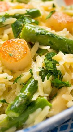 Creamy Orzo with Bay Scallops, Asparagus and Parmesan