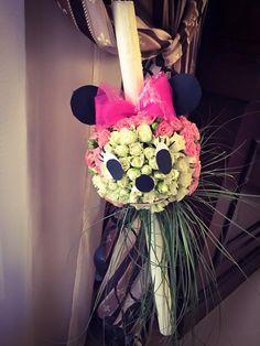 Lumanare botez Minnie Mouse realizată de Amery Boutique! Minnie Mouse, Wreaths, Halloween, Ideas, Decor, Vestidos, Bebe, Decoration, Door Wreaths