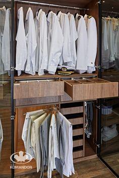 Garderoba Komandor / drążek / szuflady z wewnętrzną organizacją i podświetleniem LED / obrotowy wieszak na spodnie / tacki na koszule / wysuwany wieszak na krawaty, paski i szelki