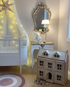 "𝙰𝚛𝚒𝚎𝚕 𝙲𝚑𝚊𝚛𝚕𝚎𝚗𝚎 𝚂𝚎𝚒𝚖 on Instagram: ""Håper alt står bra til med dere?💕🤗 Travelt her hos oss med hjemme skole og to som har mye energi som skal ut 🥵🙉 I morgen finner du oss på…"" Dere, Toddler Bed, Ikea, Furniture, Home Decor, Child Bed, Decoration Home, Ikea Co, Room Decor"