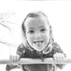 En ja het is weer lekker mama-tijd!  Lekker spelen en kroelen met dit klimrek-meisje!  #vavavonne #vavavonneout #mamatijd #20hourworkweek #nevernotphotographing