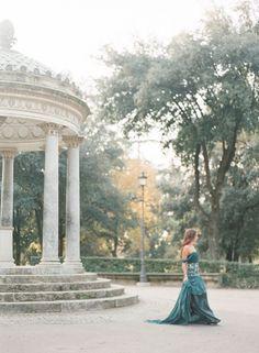 Romantic Rome engagement ~ Retreat Gatherings