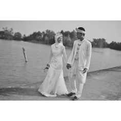 Wedding Photographers : Lembayung Senja Photography  #Beach #Traditional #Portraits