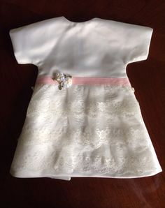 Angel Gowns, Angel Dress, Sewing Tips, Sewing Hacks, Angel Babies, Gown Pattern, Gowns For Girls, Baby Gown, Bereavement