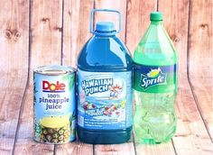 Get ready to throw a fun sun splashed party with this Easy Summer Party Punch Recipe! Throw yourself a fun beach bash with some help from this Easy Tropical Party Punch Recipe. With just 3 ingredient Lemonade Punch Recipe, Strawberry Lemonade Punch, Sherbet Punch, Blue Hawaiian Punch Drink Recipe, Blue Raspberry Punch Recipe, Frozen Punch Recipe, Frozen Party Punch, Party Punch Kids, Blue Hawaiian Drink