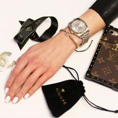 Sliding Knot, Evil Eye Bracelet, Women's Jewelry, Michael Kors Watch, Sale Items, Jewelry Collection, 18k Gold, Pouch, Eyes