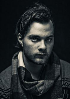 Asgeir Trausti. Thanks to Björk, this guy is really famous in Iceland. Dat voice.