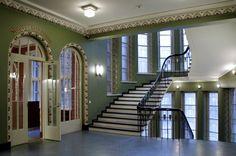 Budjettibanaani: Sisustustyylit ja rakennushistoria - Jugend - City Hall of Lahti