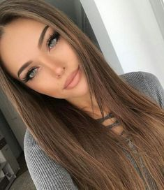 Side Swept Waves for Ash Blonde Hair - 50 Light Brown Hair Color Ideas with Highlights and Lowlights - The Trending Hairstyle Hairstyles For School, Straight Hairstyles, Straight Ponytail, Brunette Hair, Blonde Hair, Blonde Eyebrows, Long Brunette, Brunette Beauty, Dark Blonde