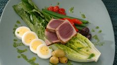 Delicious Steak Boiled Eggs Asparagus Olives Cherry Tomatoes HD Wallpaper