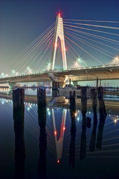 Upside-down bridge by Shin-ichiro Uemura on 500px