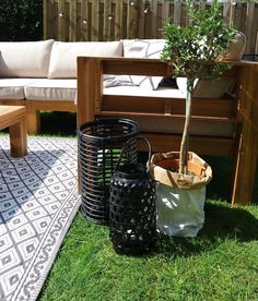 KARWEI | De leukste styling tips voor een gezellige loungehoek in de tuin.