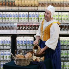 Een meesterlijke actie! albert heijn = crazy, over the top tv-commercials of our biggest supermarket chain Albert Heijn