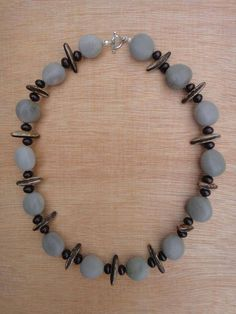 Collier en graines Canique, Flamboyant et Palmier - collier ras du cou - lagrainedesiles - Fait Maison