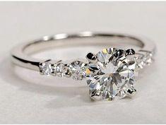 THIS RING>>> :) pic.twitter.com/1SlUjtx5bP